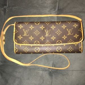 Louis Vuitton pochette twin GM